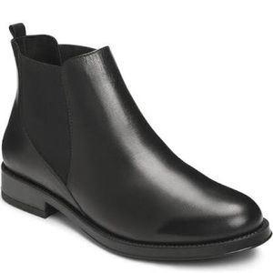 Aerosoles Black Leather Booties